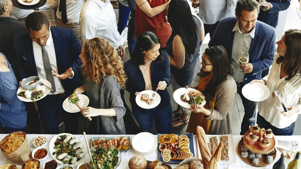 Affordable affair: 7 tips for a holiday bash on a budget