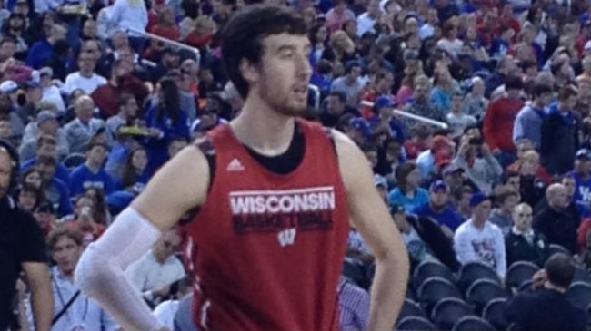 PHOTOS: Badgers keep dancing to Championship Game in Indy