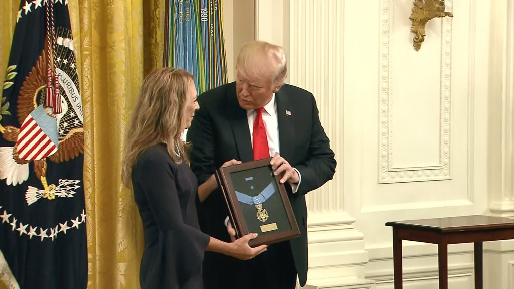 Trump awards posthumous Medal of Honor
