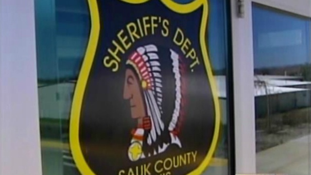 Sauk Co. deputy shot through door suffers hand injury