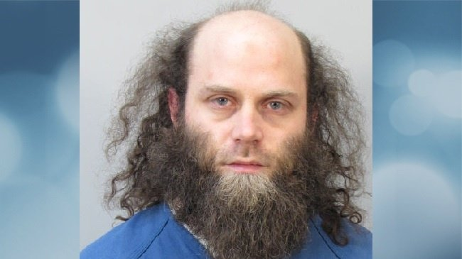 Madison man charged with trying to join ISIL