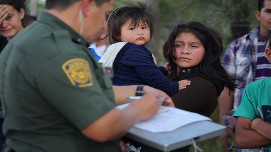 DHS to start DNA testing to establish family relationships on the border