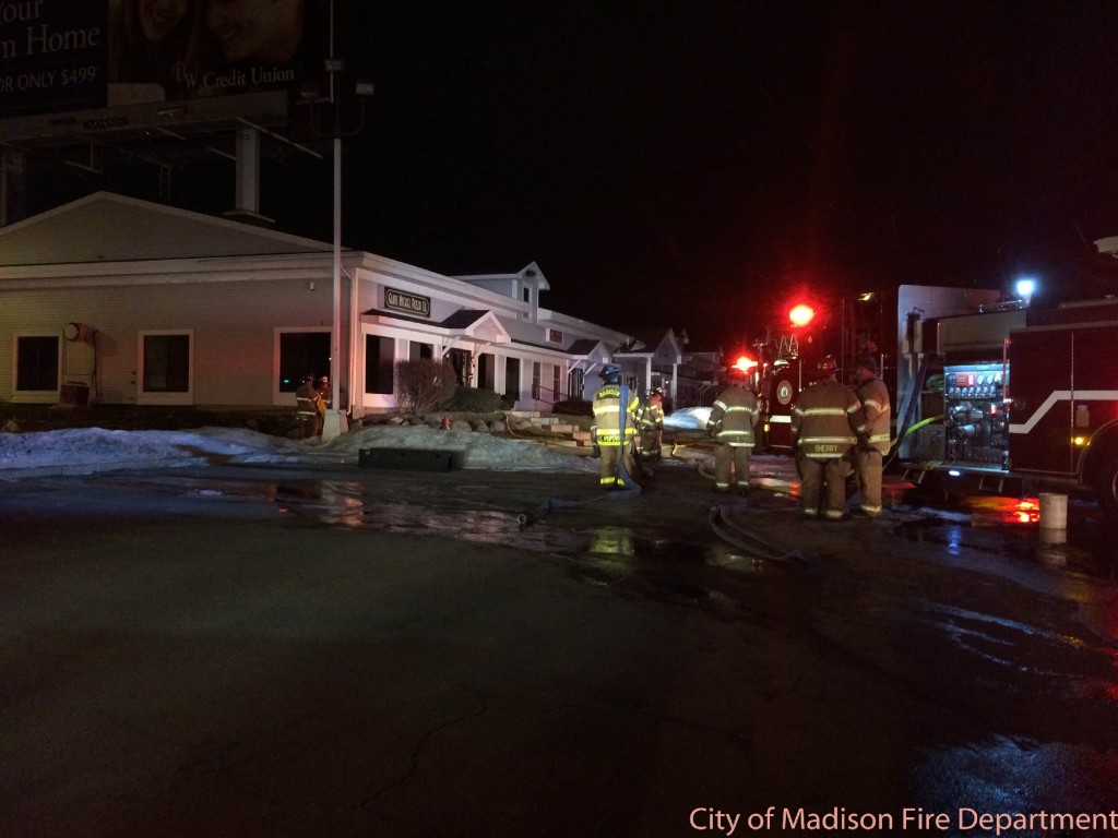 Overnight fire damages popular west side pizza place