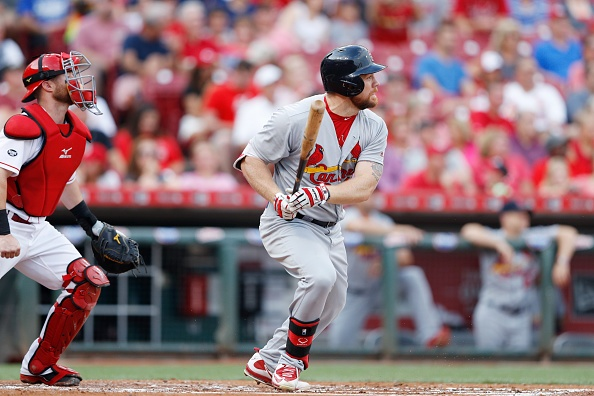 Cardinals hold on for 5-4 win over Reds
