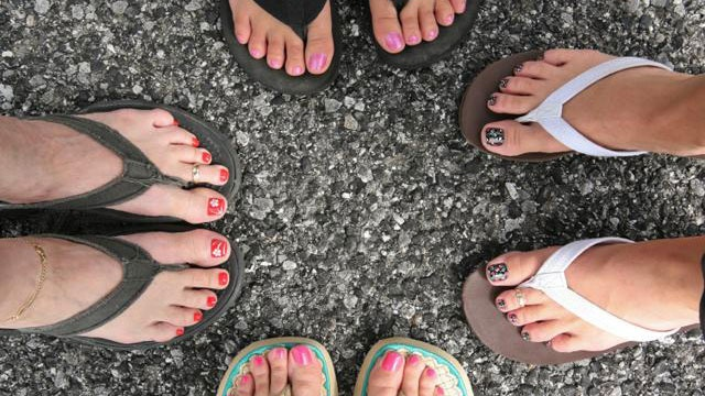 Consumer Reports: Products for pretty summer feet