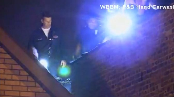 Illinois man evading police capture gets stuck in chimney