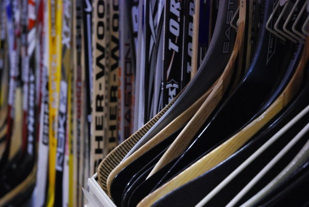 Lightning assistant coach George Gwozdecky leaving