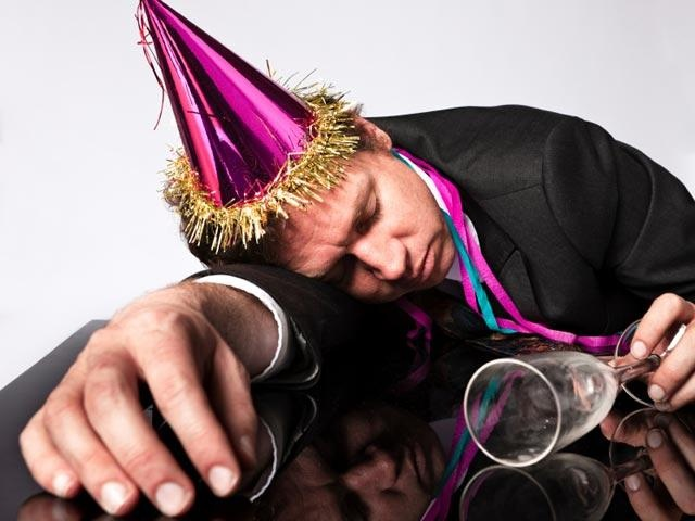 How to throw a fun New Year's Eve party