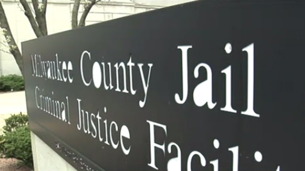 Former Milwaukee County Jail inmate sues over baby's death
