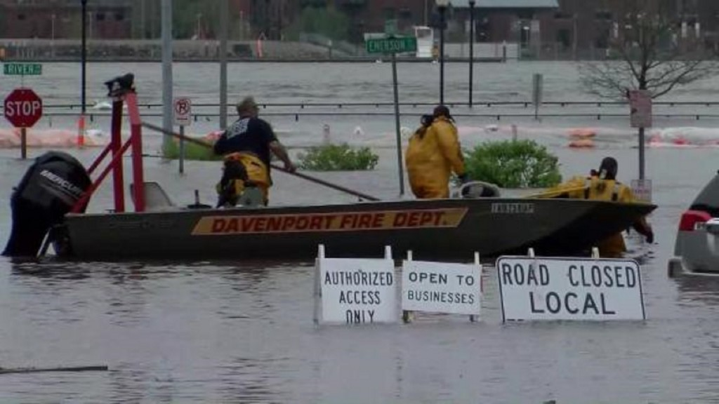 Davenport remains flooded week after temporary levee breaks