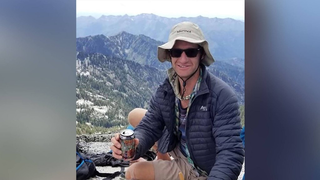 California hiker's body found after 3-day search