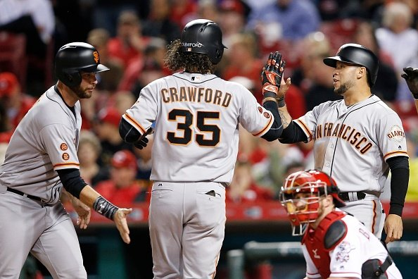 Crawford leads rally to beat Reds in Cincinnati