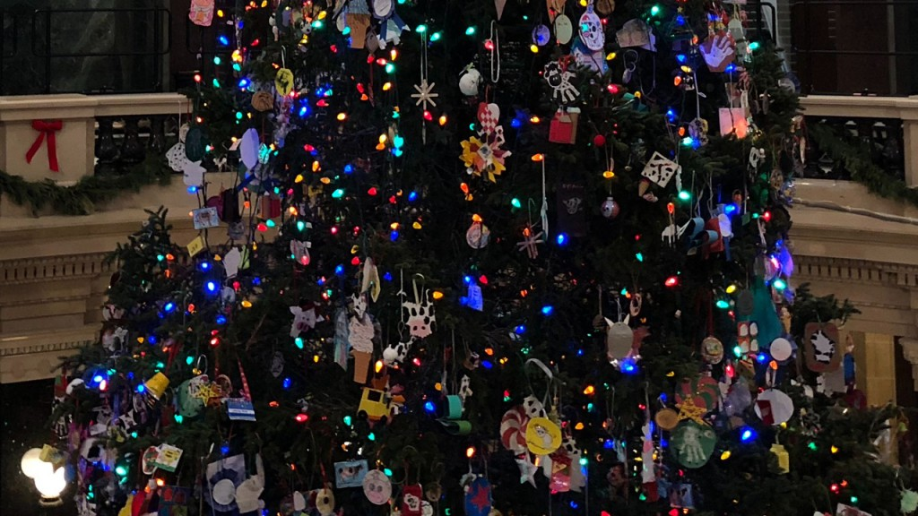 PHOTOS: Lights strung, ornaments hung on Capitol Christmas tree