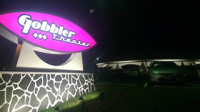 Gobbler Supper Club reopens as live music theater