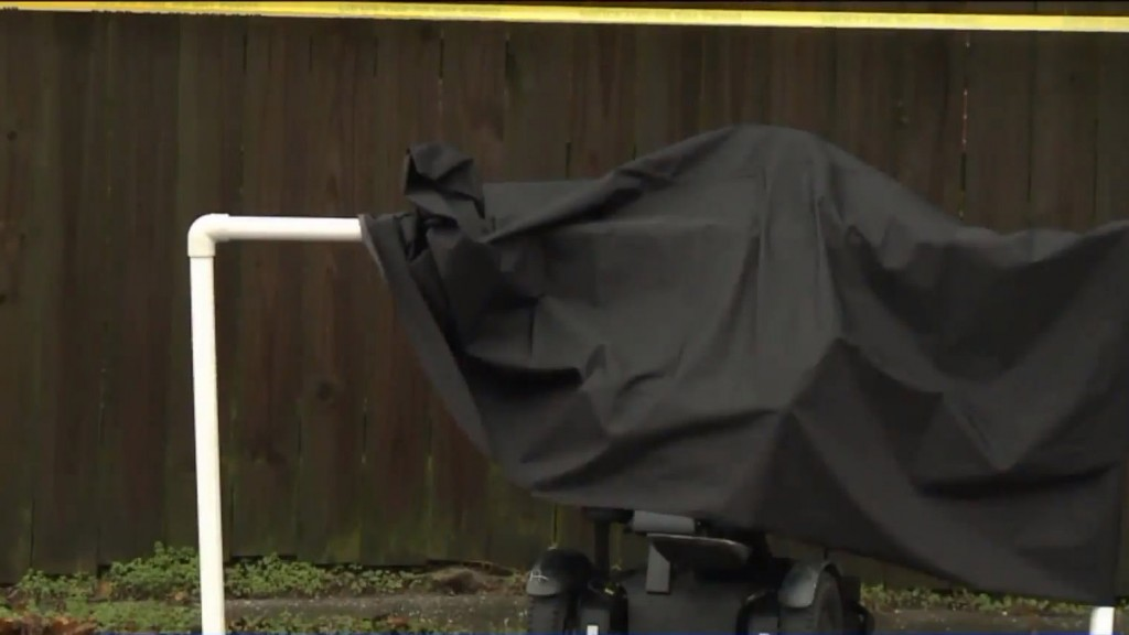 Police investigating death of man found in crawl space of empty house
