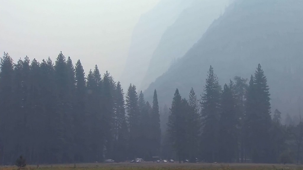 Yosemite National Park closes some areas due to fire