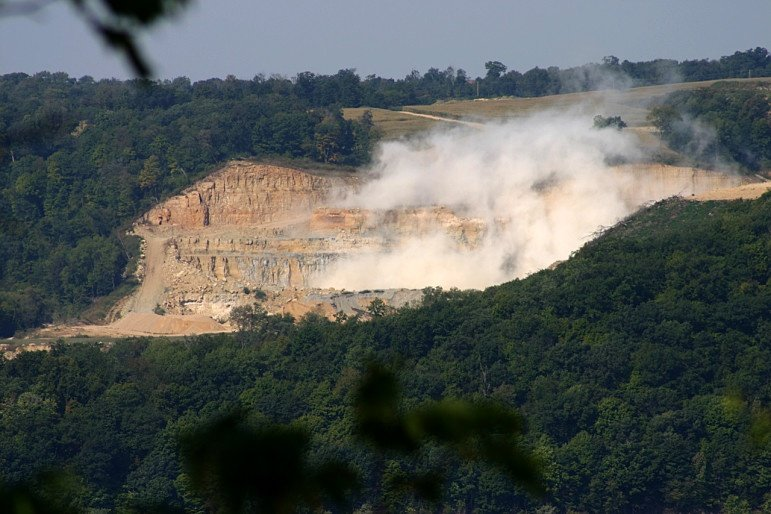 PHOTOS: Controversy on Wisconsin-Iowa border as troubled frac sand mine seeks to expand