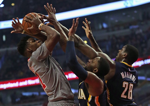NBA roundup: Butler's defense carries Bulls to win