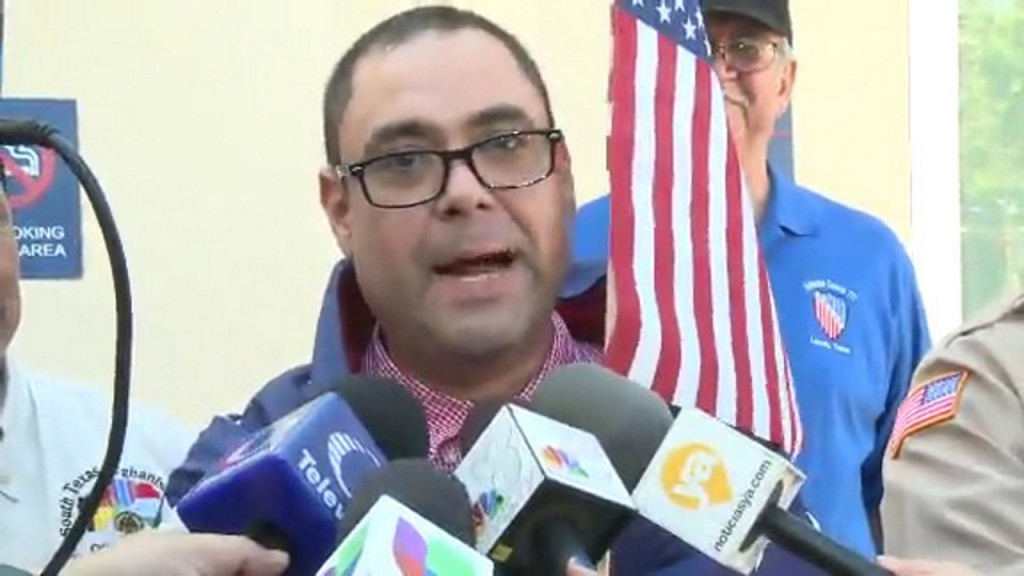 Deported veteran Miguel Perez says he can't go back to Mexico