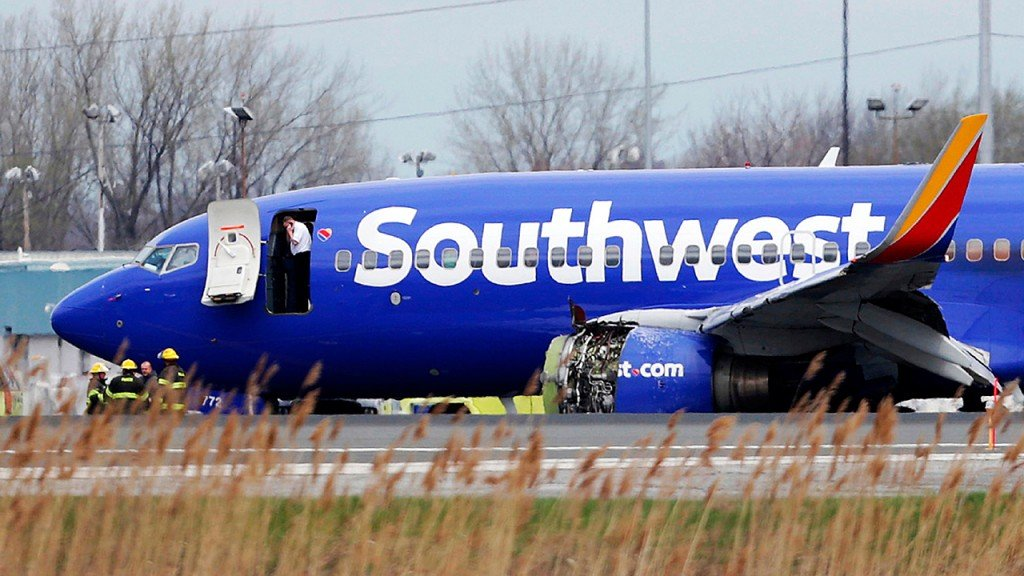 Southwest pilot praised for 'nerves of steel' during emergency