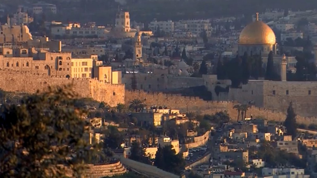 Israel approves controversial cable cars in Jerusalem