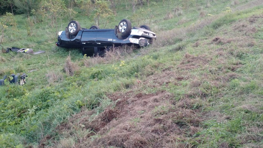 Iowa County sheriff investigates rollover crash