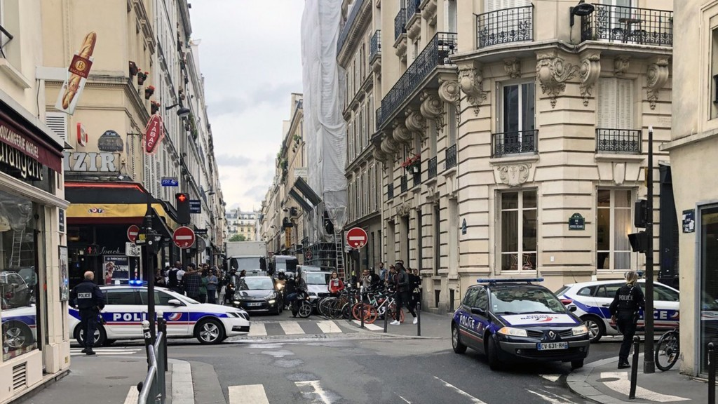 Armed man takes hostages in Paris