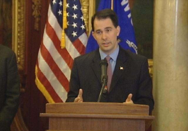3 Democrats consider challenging Walker in 2014