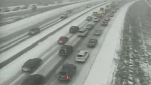 Snow slows morning commute