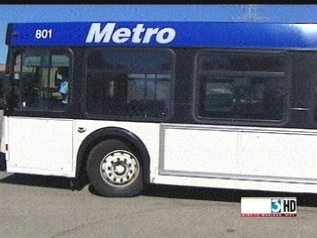 Metro transit input session to include Tweet chat
