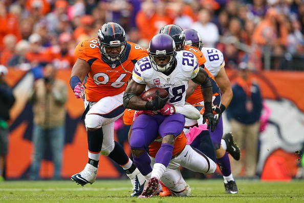 Broncos beat Vikings despite two picks thrown by Manning