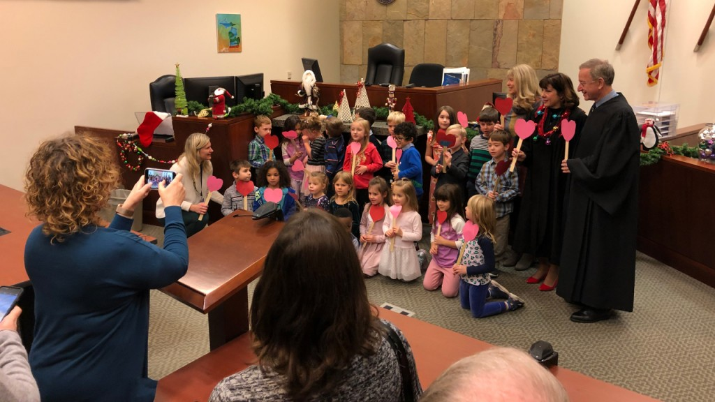 Kindergarten class shows up for boy's adoption hearing