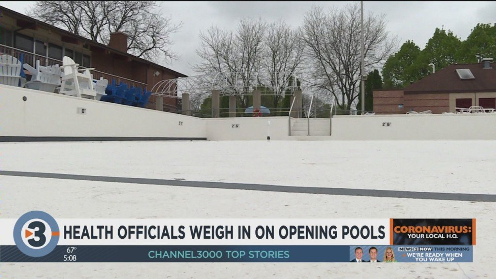 Health Officials Weigh In On Opening Pools
