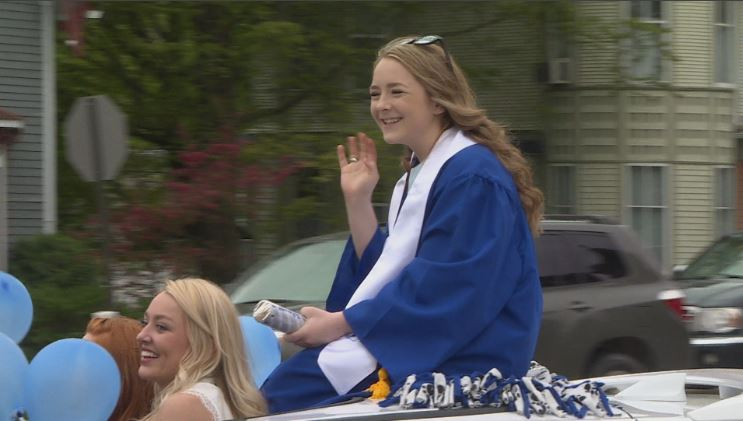 graduate waves in convertible