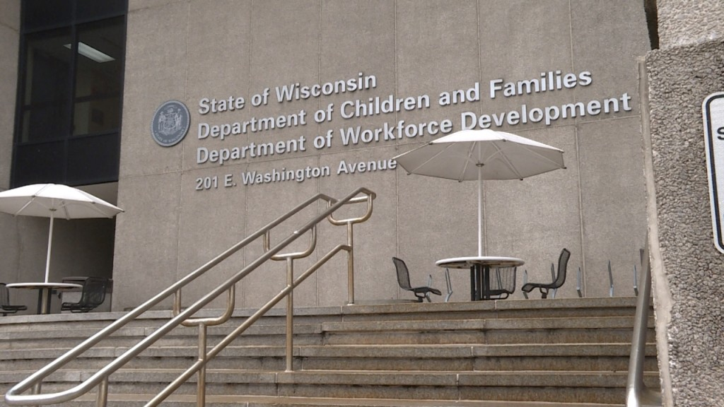 WI DWD increases staff for call centers