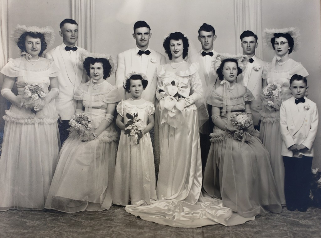 Art and Phyllis Hellenbrand with wedding party