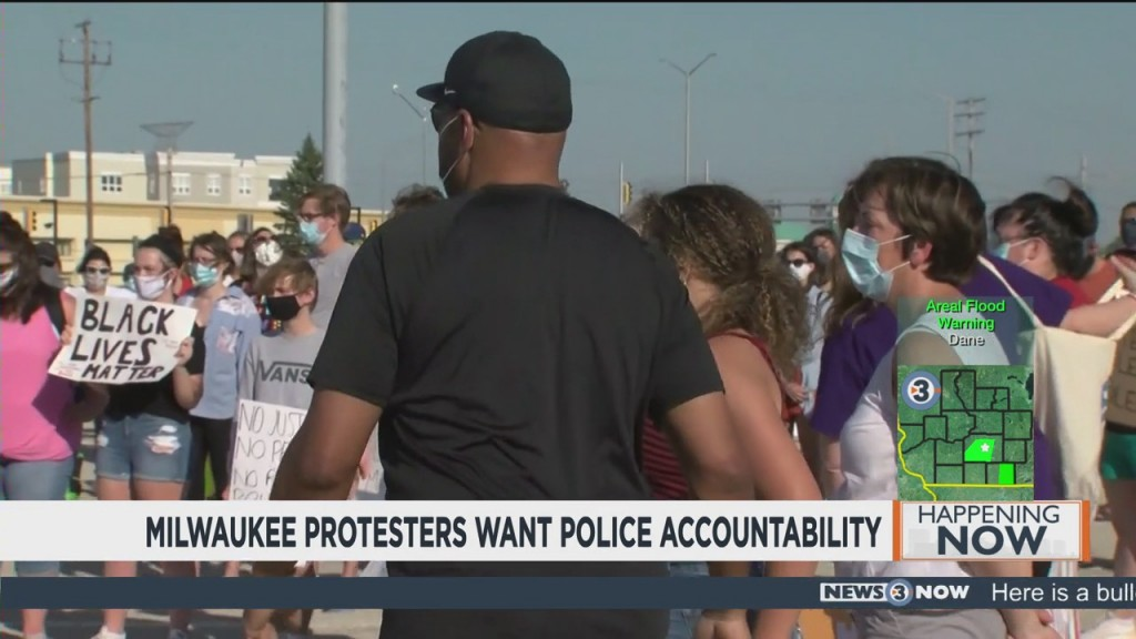 Milwaukee Protesters Want Police Accountability