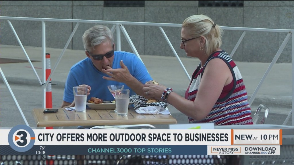 City Offers More Outdoor Space To Businesses