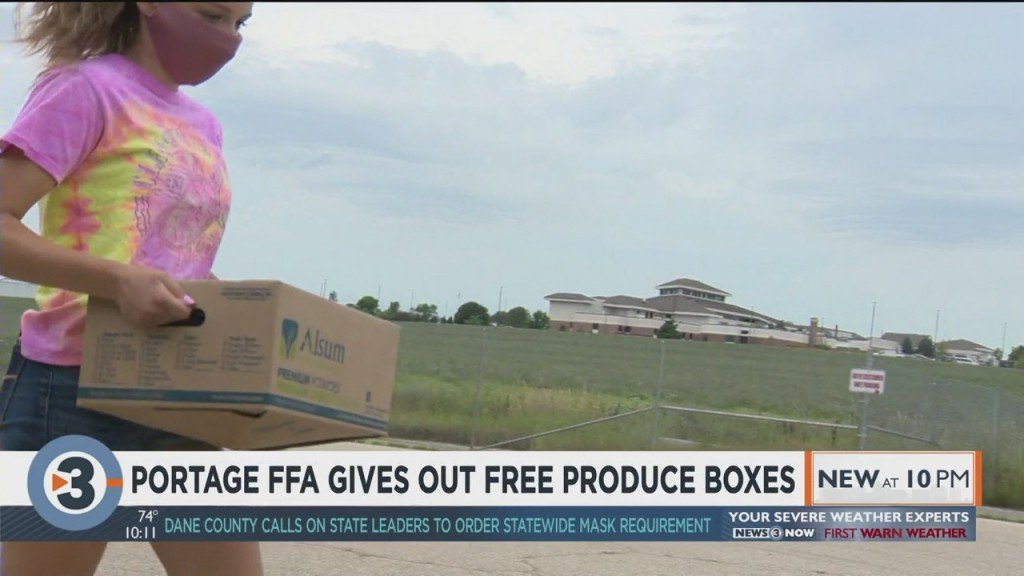 Portage Ffa Gives Out Free Produce Boxes