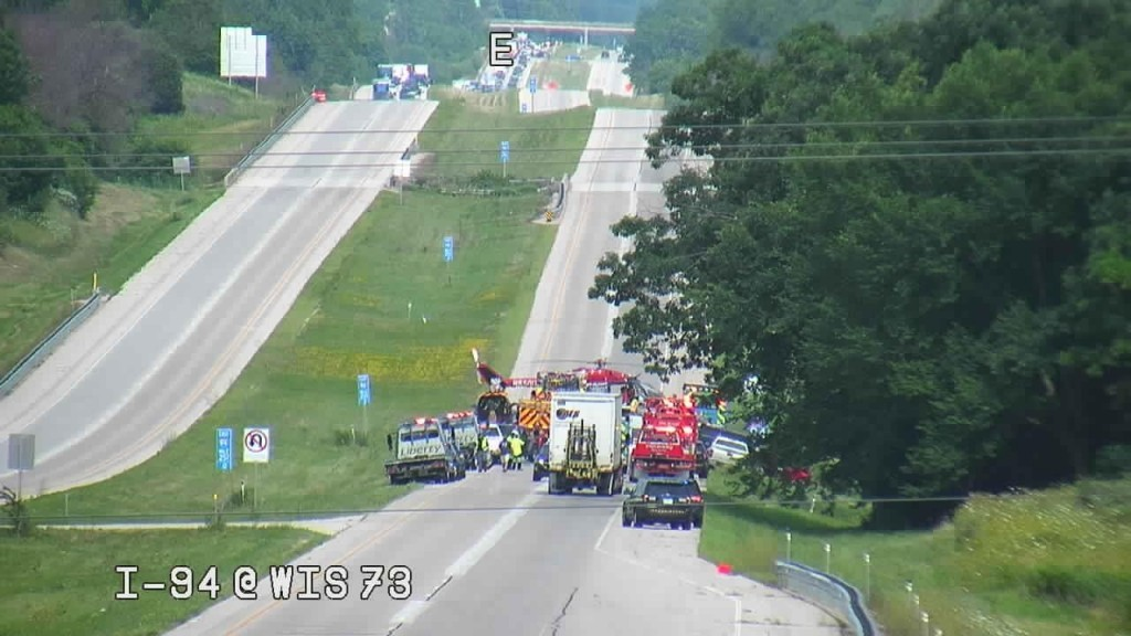 Another Photo Of An I 94 Crash 1 1024x576