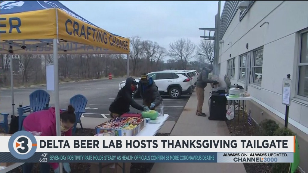 Delta Beer Lab Hosts Thanksgiving Tailgate