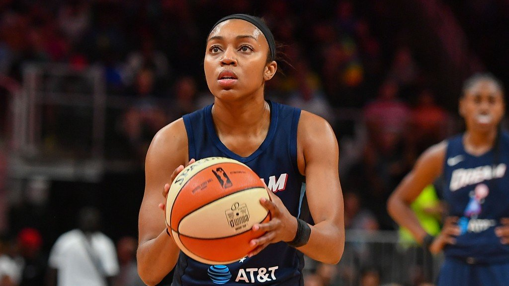 Wnba: July 23 Los Angeles Sparks At Atlanta Dream