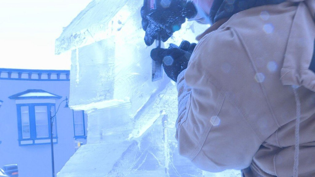Sculptor carves ice