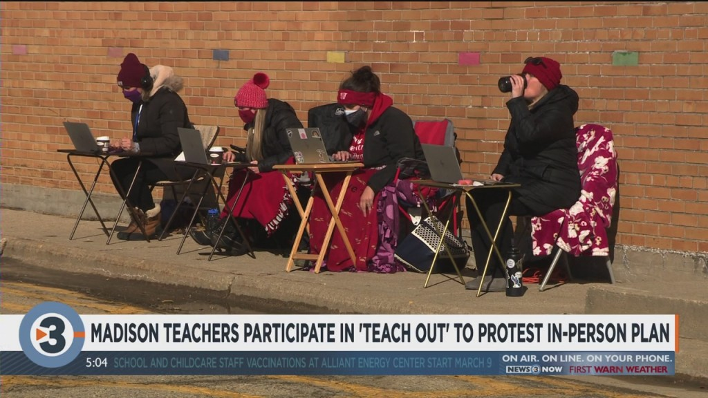 Madison Teachers Participate In 'teach Out' To Protest In Person Plan