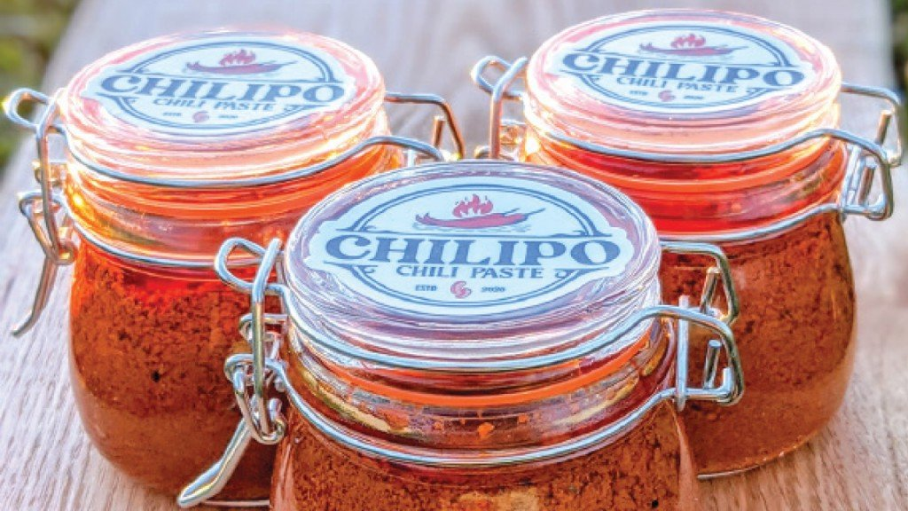 three jars of Chilipo