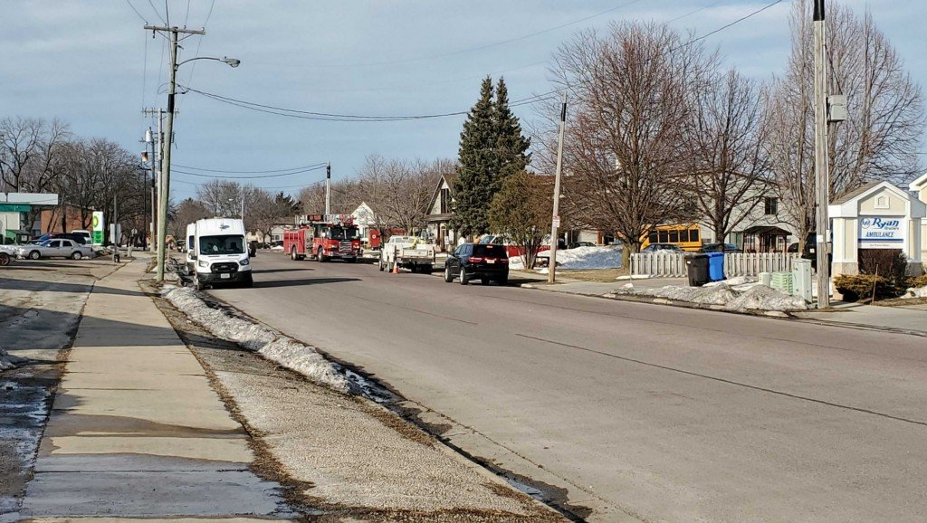 Crews respond to a gas leak on Clarmar Drive in Sun Prairie