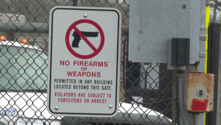 Weapons Sign