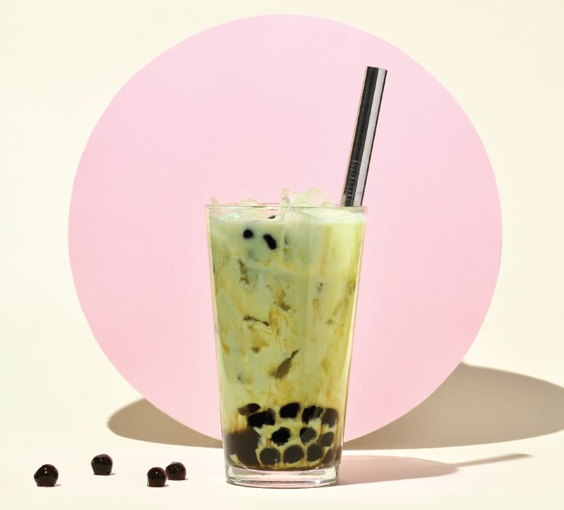 green bubble tea with boba
