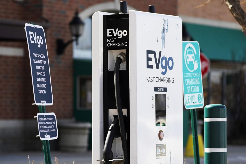 Eu Lacking Sufficient Electric Cars Charging Infrastructure