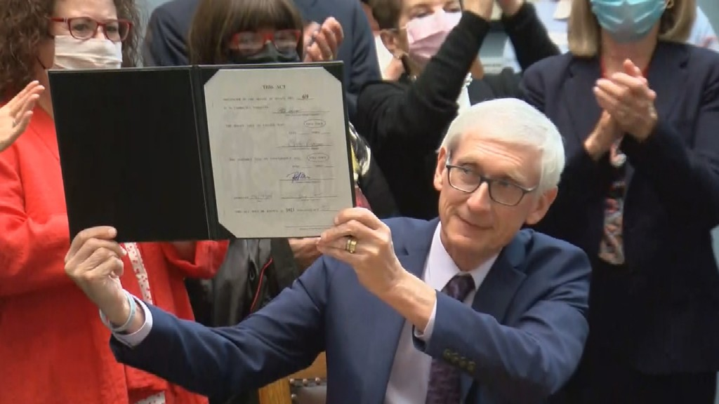 Evers Milwaukee Bill Signing Frame 37399
